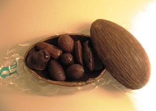 Opened Roger cocoa pod
